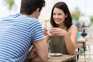 Ladies? These Are The 4 Types Of Guys You Should Not Play 'Hard-To-Get' With