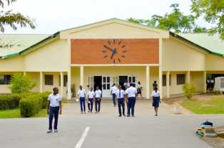 Check Out 15 Best Schools In Nigeria According To Their WASSCE 2015 Performance (Here)