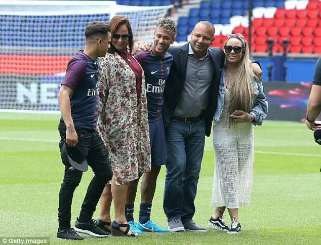 Neymar, World's Most Expensive Player Always Travels With His Family (Photos)