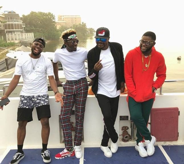 """Mr Eazi's Dress Sense Is Bad"" – Fans Call Singer 'Goat' Over This His Dressing (Photo)"