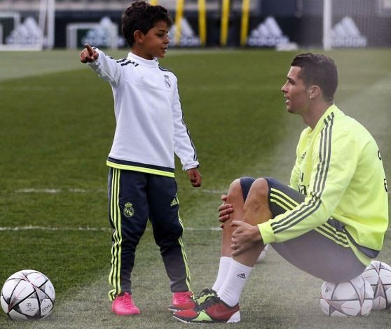 [Gist] Cristiano Ronaldo's First Son Officially Joins Juventus Youth Academy