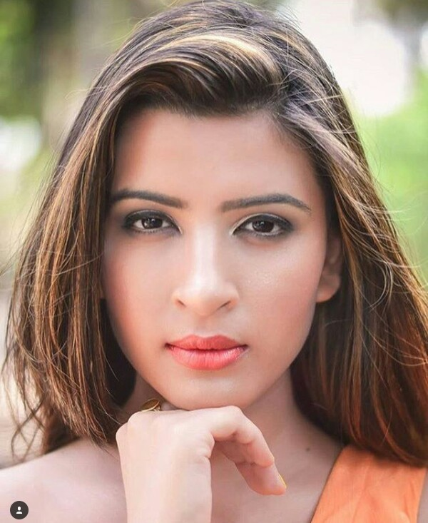 Stunning 20 Year Old Indian Model Murdered By Friend Body Found Stuffed In Bag