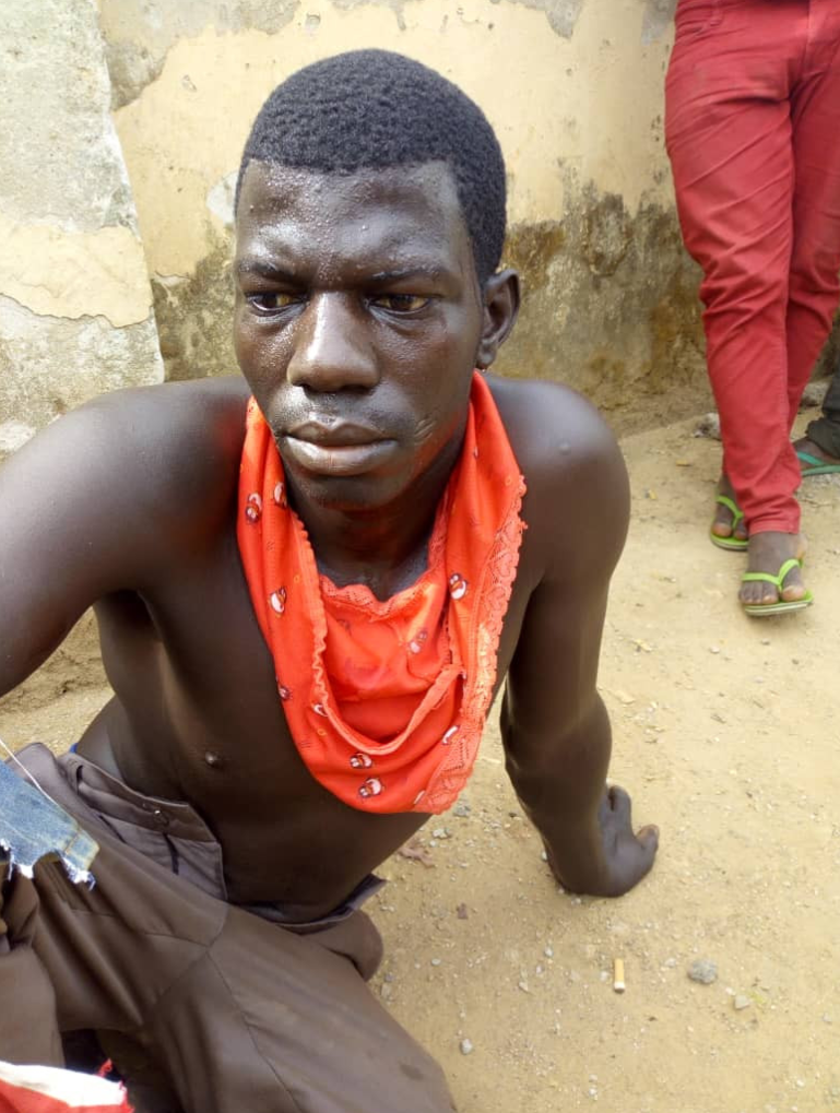 Vulcanizer Caught Stealing Pants In Abuja (See Photo) -Ngloaded