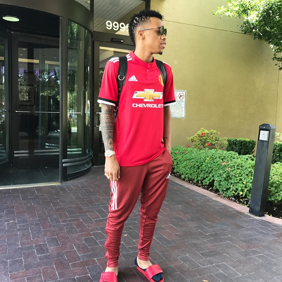 best sneakers 4940f 3477c Slim daddy, Alhaji tekno took to instagram to share his new look, as he  rocks manchester united football club jersey where he showed off his  freshly styled ...