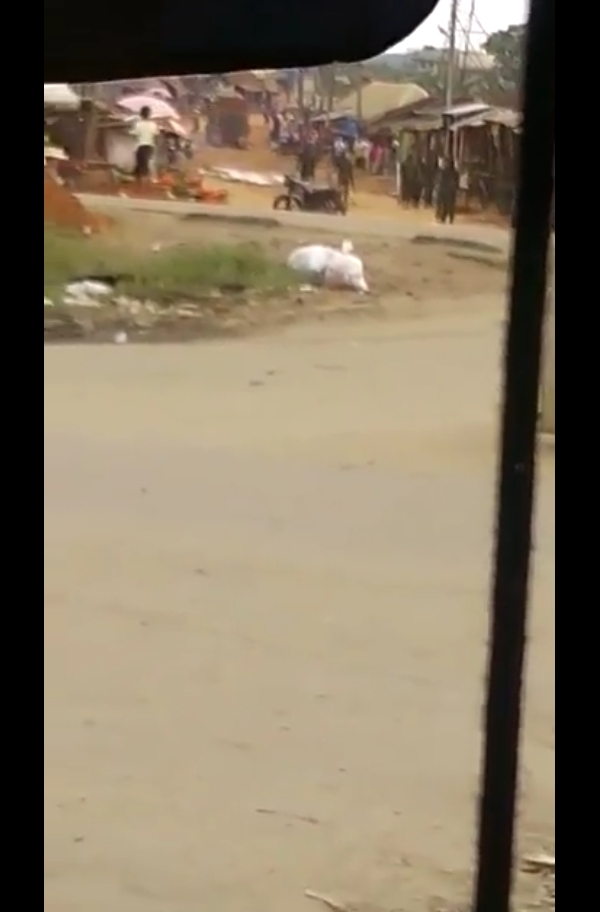 Army Shoots 2 People In Aba After A Soldier Was Beaten By A Civilian (Pics)