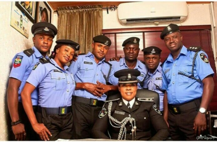 Lagos Police PPRO, Dolapo Badmos And Her Squad In Adorable Photo