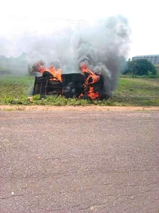 Riot At University Of Agriculture, Makurdi After An Accident (Graphic Photos)