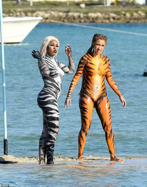 Cardi B Twerks On Miami Beach In Tiger Costume After Failing