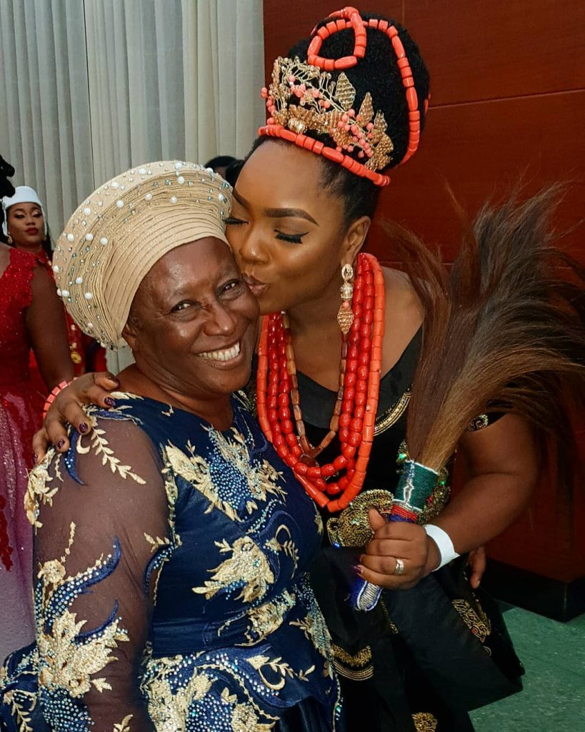 Chioma Chukwuka Pictured Pecking Patience Ozokwor In