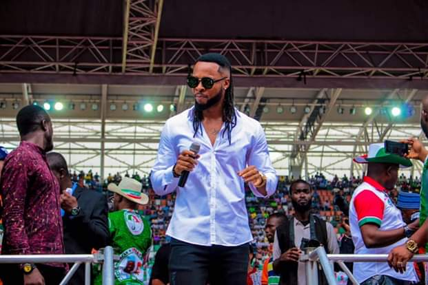 Flavour And Okon Lagos Perform At PDP Presidential Rally In Uyo