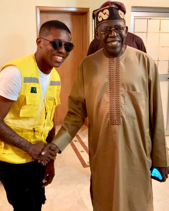 Small Doctor Poses With Bola Tinubu (Photo)