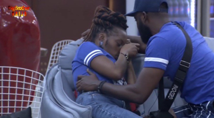 BBNaija 2019:- Khafi In Tears As Gedoni Keeps Distance From Her Since Kim Left