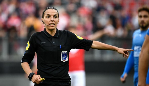 Super Cup Final Between Chelsea And Liverpool To Be Officiated By Female Referee