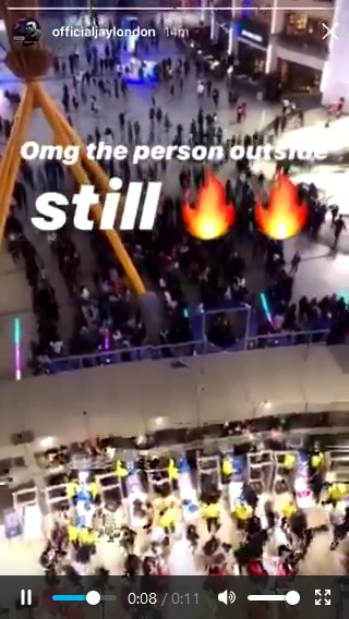 Wizkid's Starboy Fest 2019: People Waiting Outside For Ticket (Photos)