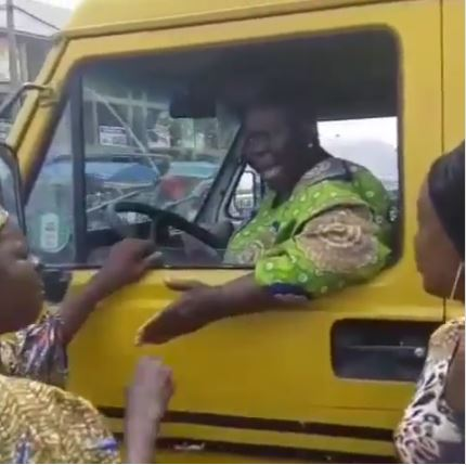 Elderly Woman Hijacks Bus From Driver After He Refused To Give Her And Others Their Change (Video)