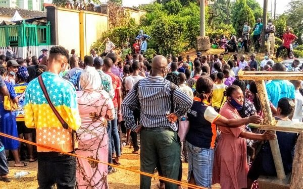 FG Sued for Forcing Nigerians to Queue for NIN Registration Amid Coronavirus Outbreak