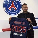 Neymar Signs New PSG Deal Until 2025