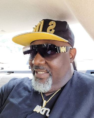 Stop Showing Off And Help Poor People Around You' – Nigerians Blast Melaye Over Flamboyant Lifestyle